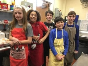 Branford Community Dining Room student volunteers